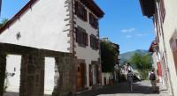 Location de vacances Bussunarits Sarrasquette Gite Azkorria
