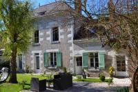 Gîte Neuville sur Brenne Gîte Bed - Breakfast Villa Vino