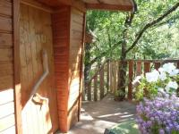Location de vacances Saint Bazile de la Roche Location de Vacances Les Cabanes Silvae