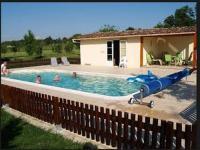 Location de vacances Puch d'Agenais Location de Vacances Maison Sarrau