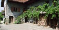 Location de vacances Venthon Location de Vacances Domaine du Grand Cellier - Insolite