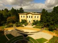 Location de vacances La Chapelle Gaceline Location de Vacances Chateau de Bézyl
