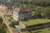 Location de vacances Bierre lès Semur Location de Vacances Château de Flée