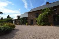 Location de vacances Saint Maugan Location de Vacances Domaine Du Val Ory