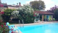 Location de vacances Castelginest Location de Vacances La Villa des Violettes