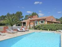 Spacious Villa in Bagnols-en-Foret with Swimming Pool-Nicou
