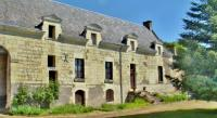 Cozy Family Home near Forest in Lerne-Domaine-De-Cessigny