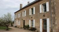 Location de vacances Saint Hilaire Fontaine Gîte Donjon - Château Latour