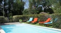 Location de vacances Collorgues Location de Vacances Villa Camelia