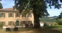 Location de vacances Colognac Location de Vacances Maison De Maitre
