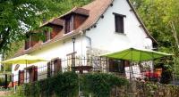 Location de vacances Saint Solve Location de Vacances La Maison Blanche Près De Dordogne