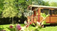 Location de vacances La Celle sur Nièvre Location de Vacances La Roulotte De Menou