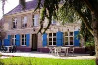 Location de vacances Saint Momelin Location de Vacances La Caméliade
