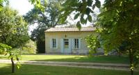Gîte Saint Philippe d'Aiguille Gîte Château Guibeau