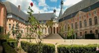 Location de vacances Batilly en Puisaye Location de Vacances Château de Saint-Fargeau