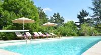 Location de vacances Montfaucon Location de Vacances Domaine de la Grèze