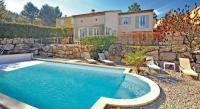 tourisme Cabannes Holiday home Chemin de la Garrigue