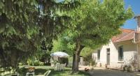 tourisme Cabannes Holiday home Route de St Andiol