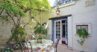 Location de vacances Caumont sur Durance Location de Vacances Holiday home Rue Mlle de Seyt de Pievert