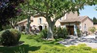 Location de vacances Caumont sur Durance Location de Vacances Villa Mas St Jean House