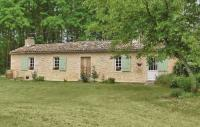 gite Monprimblanc Holiday Home Château Arnauton