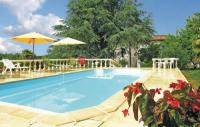 Location de vacances Bors (Canton de Montmoreau Saint Cybard) Location de Vacances Holiday Home Logis De Cheneviere
