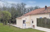 gite La Croix Comtesse Holiday Home Riverside Cottage