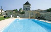 gite Chassors Holiday Home Neuvicq Le Chateau Rue Des Porches