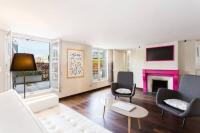 gite Paris 17e Arrondissement Penthouse Apartment - Champs Elysées