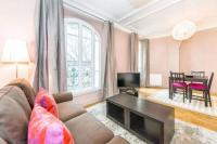 gite Versailles De Serres Apartment