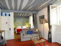 gite Paris 9e Arrondissement Ile Saint-Louis Apartment - Oh My Suite