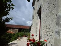 gite Saint Maurice des Noues La Tour des Laudes
