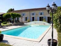 Location de vacances Saint Jean d'Angély Location de Vacances La Cagouille
