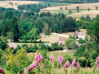 Location de vacances Saint Nizier sur Arroux Location de Vacances La Maison du Chateau