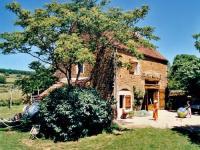 Location de vacances Saint Marcelin de Cray Location de Vacances Les Pierres Dorees