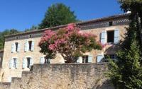 gite Montaigu de Quercy Le Couvent