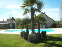 Location de vacances Auvers Saint Georges Location de Vacances Le Feuilleret Bed - Breakfast