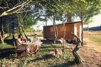 Location de vacances Niafles Location de Vacances La Chouette Cabane