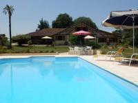 Location de vacances Gazax et Baccarisse Gîtes Perruchet