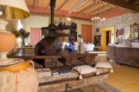 tourisme Saint Affrique les Montagnes La Demeure du Pressoir-La Maison des Chats