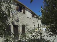 Gîte Bouilhonnac Gîte Castel chambres, château de Malves