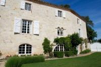 Location de vacances Laparrouquial Location de Vacances Chateau Cestayrols