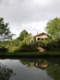 Location de vacances Bouglon Gîte Au Jardin