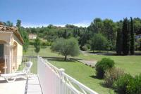 gite Callian Lumineuse Villa avec Piscine à Grasse
