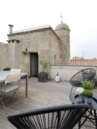 gite Saintes Maries de la Mer Vue sur les toits d-#39;Arles