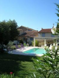 gite Arles Mas Calbret