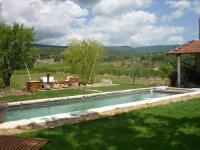 Location de vacances Lagarde d'Apt Location de Vacances La Fontaine des Noyers
