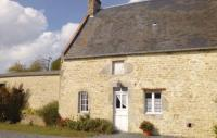 tourisme Saint Germain du Pert Holiday home Cour Maqueron N-794