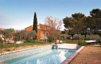 gite Salon de Provence Holiday home Chemin de Champeau H-842