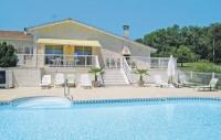 Location de vacances Courlac Location de Vacances Holiday home Lieu dit le Maine Roy N-771